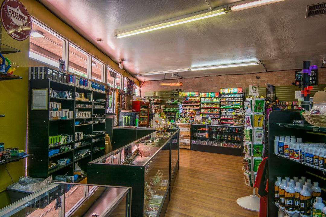 smoknrays-smoke-shop